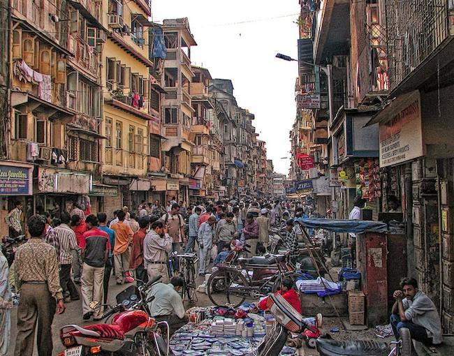 india chaos chor bazaar