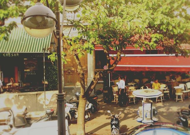 A Parisian cafe. (2006)
