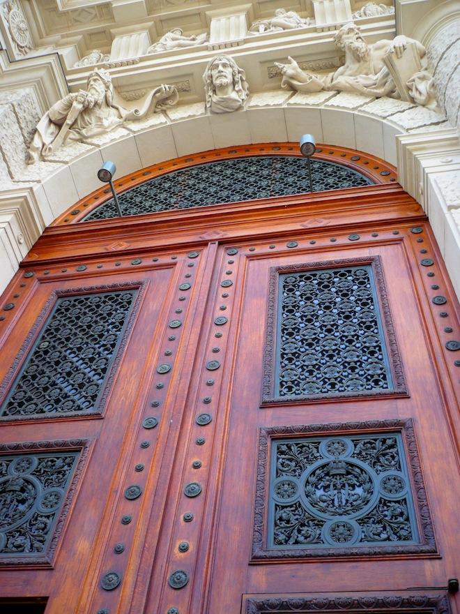 vienna architecture door