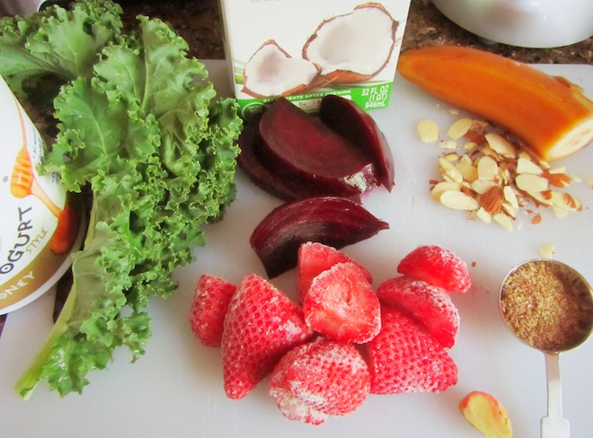 beet stawberry smoothie1
