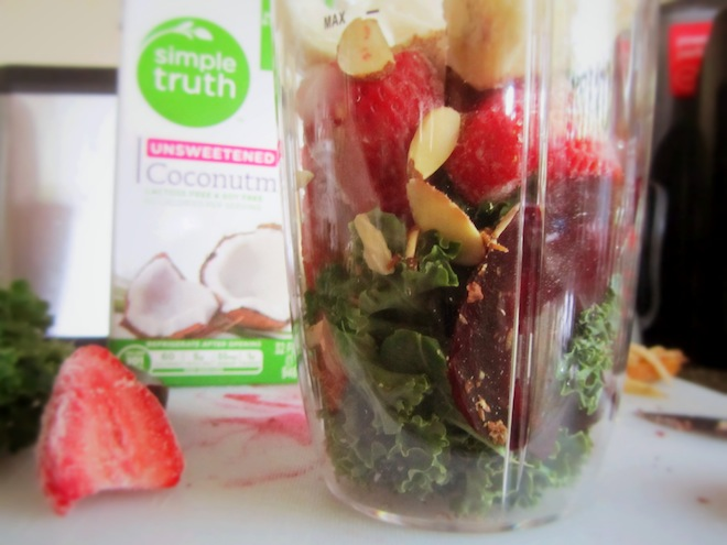 beet stawberry smoothie3