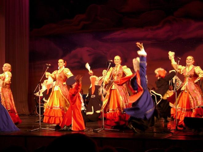 st petersburg russia  folk dance