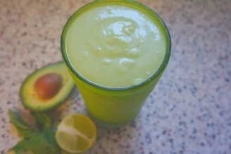 coconut avocado green smoothie3