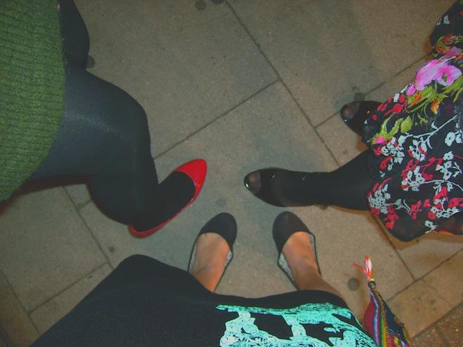 feet london night