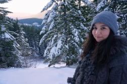 Hiking in the snow - Mirror Lake Trail, Oregon