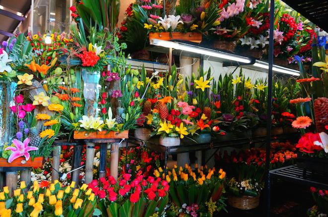 mercado de jamaica mexico flowers2