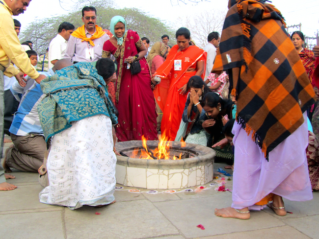 dhuni india fire2