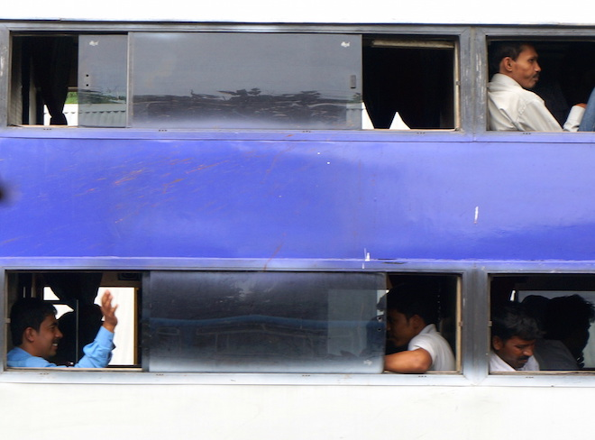 india2015 bus4