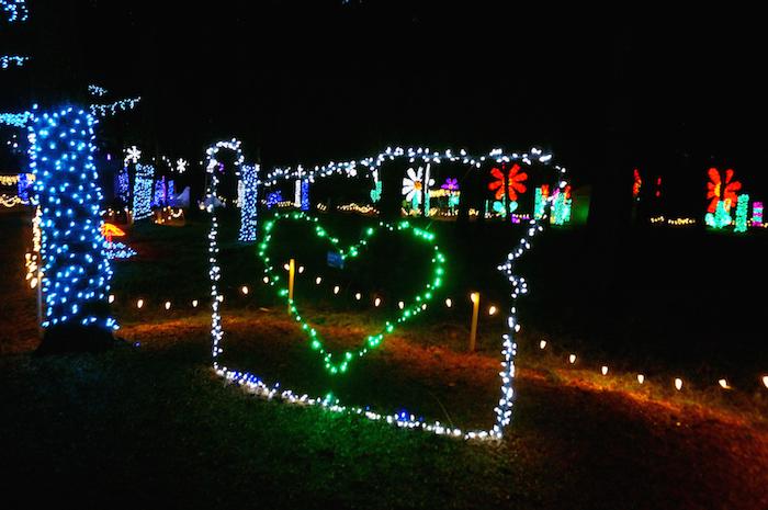 oregon garden christmas4